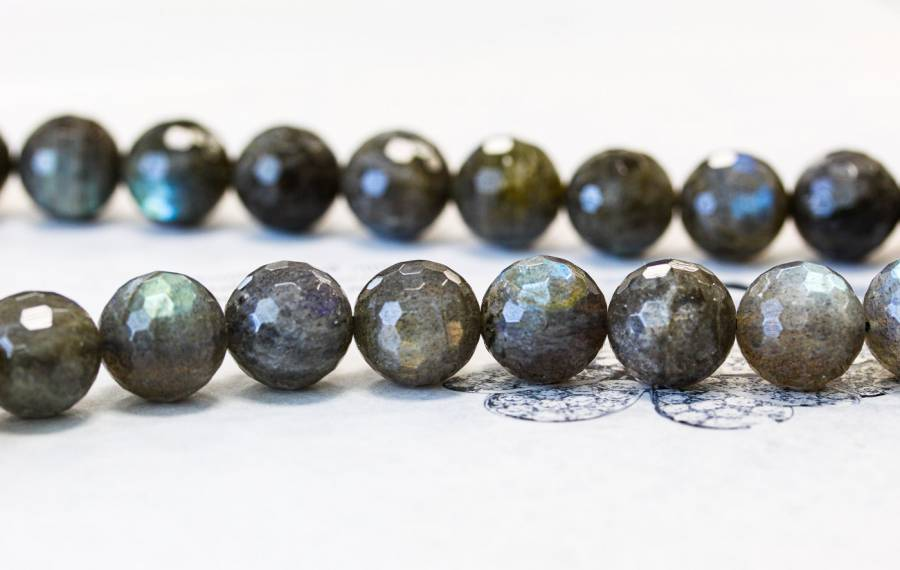 123-2036 Labradorite 14mm Faceted Round
