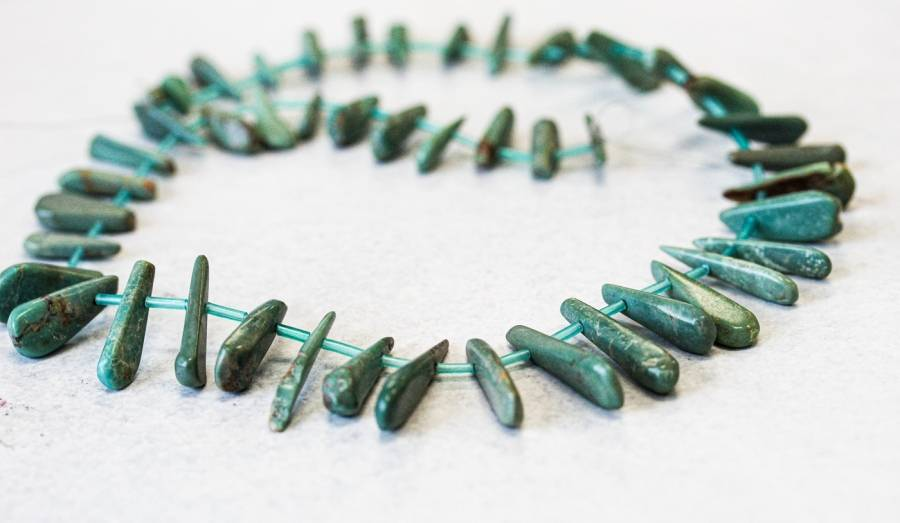 101-1941 Chinese Turquoise 10-30x Branch Drop