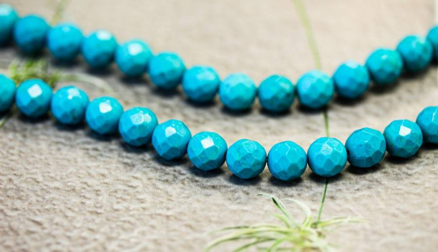 107-0045 Imitation Turquoise 8mm Faceted Round