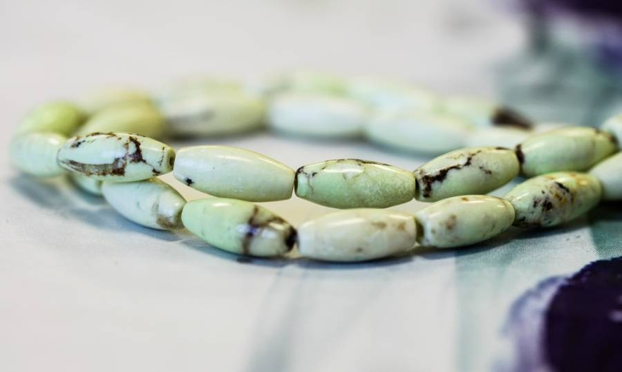 122-1210 Lemon Chrysoprase 5x12 Rice