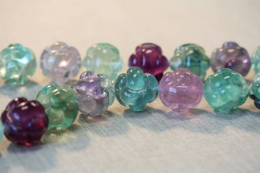 124-1156 Fluorite 25mm Knotted Ball