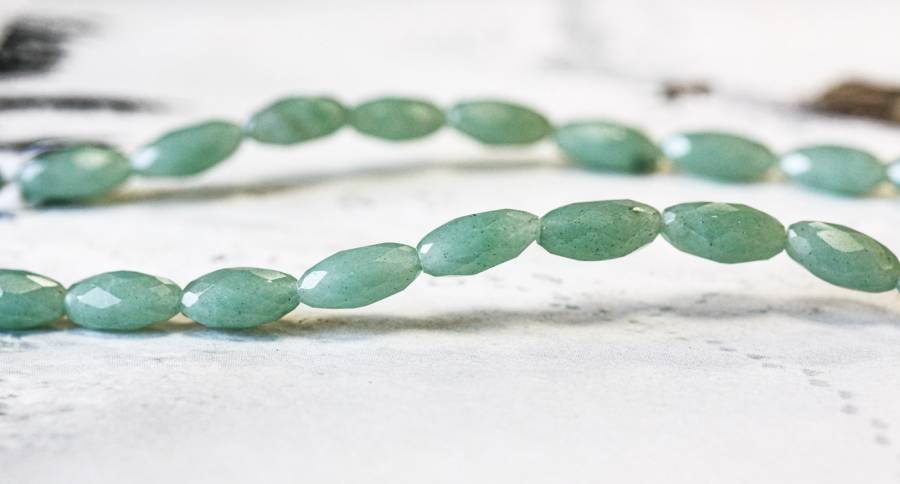 138-1047 Aventurine 6x12 Faceted Oval Rice