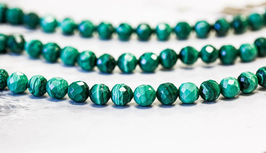 178-1321 Malachite 8mm Faceted Round