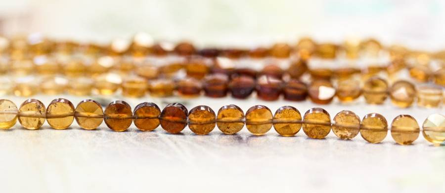 220-1069 Hessonite 4mm Faceted Coin
