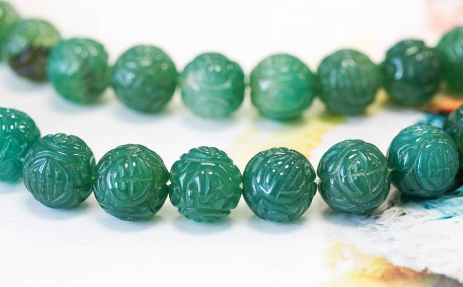 222-1100 Green Onyx 14mm Carved Round