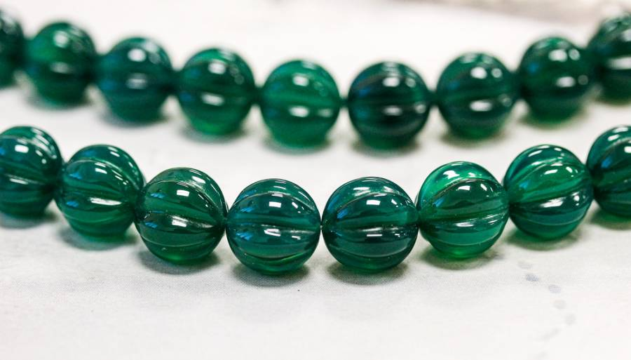 222-1107 Green Onyx 12mm Corrugated Round