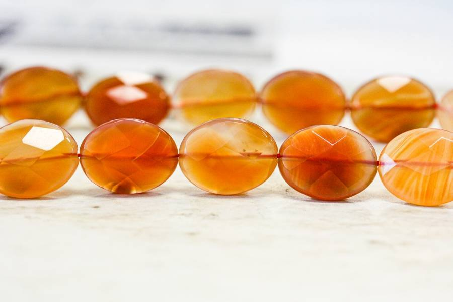 265-1371 Natural Carnelian 15x20 Faceted Flat Oval