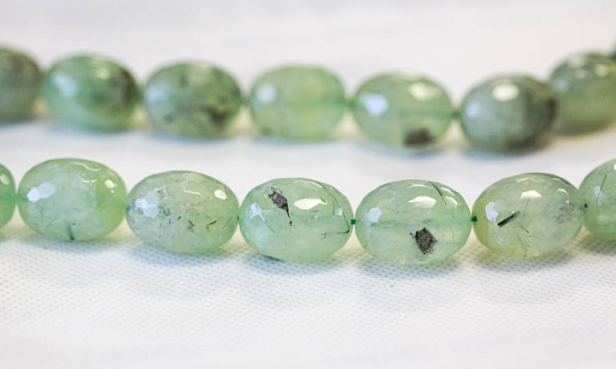 278-1032 Green Tourmalinated Quartz 15x20 Faceted Oval