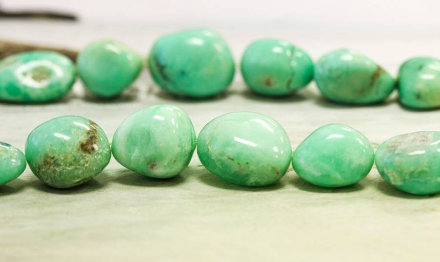 L4340-003 Chrysoprase 13-20x Tumbled Nugget